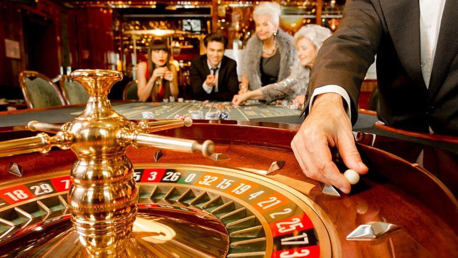 """Cò quay Nga – Trò chơi casino """"truyền thống"""" của mọi thời đại"""