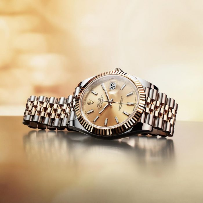 Đồng hồ Rolex sang trọng