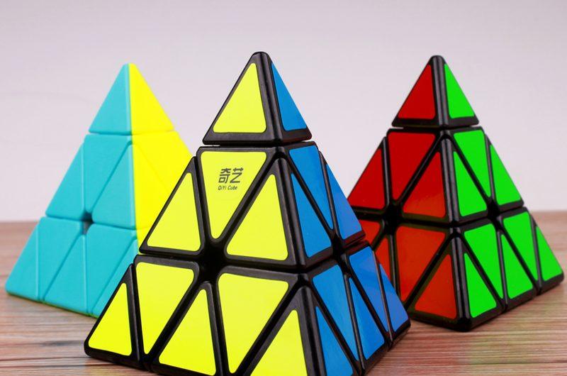 rubik tam giác